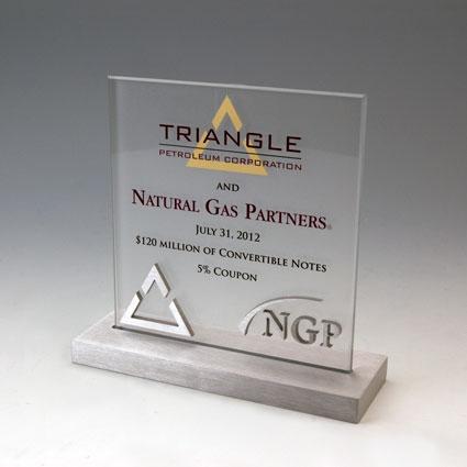 TRIANGLE-NATURAL-GAS-CRYSTAL-ALUMINUM.jpg