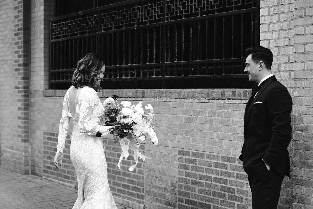 Charlotte_City_Wedding-325-17.jpg