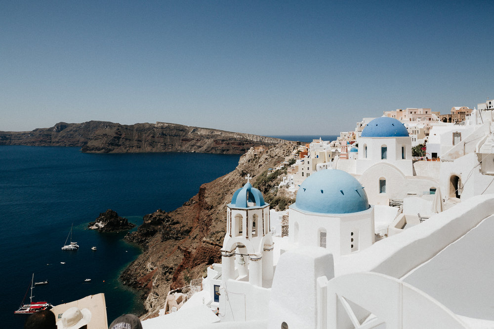 destination wedding in santorini.jpg