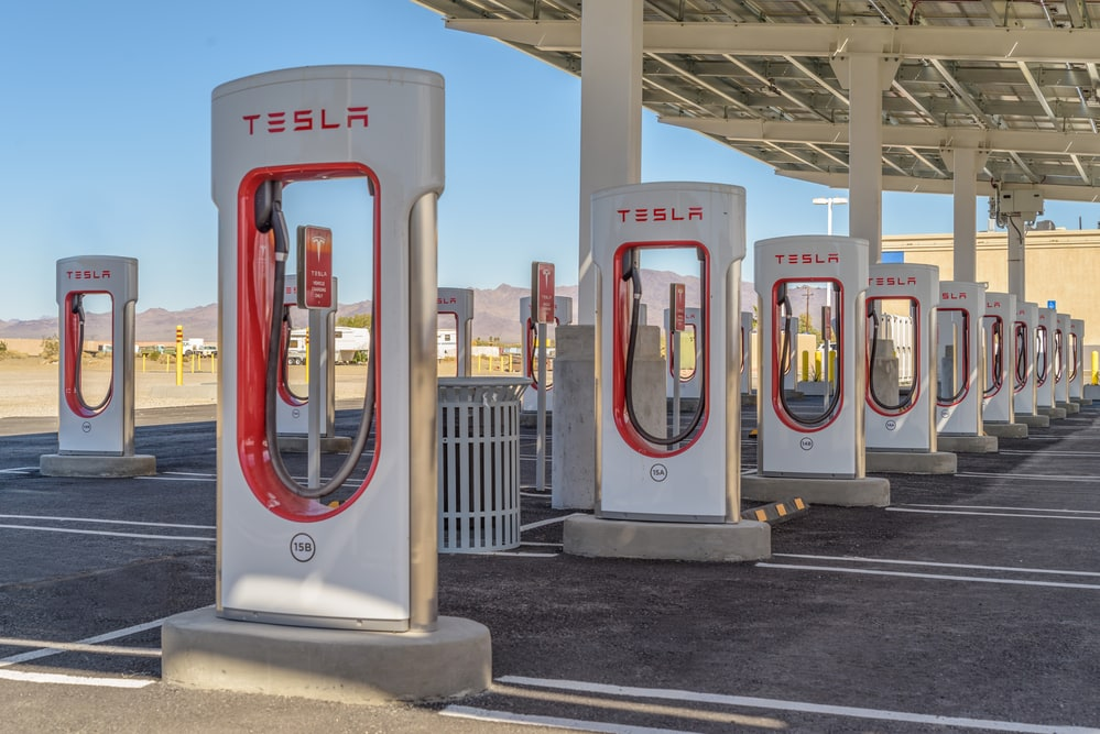 Tesla doesn't only make EVs, it also intends to build a global service infrastructure to ensure their poliferation.
