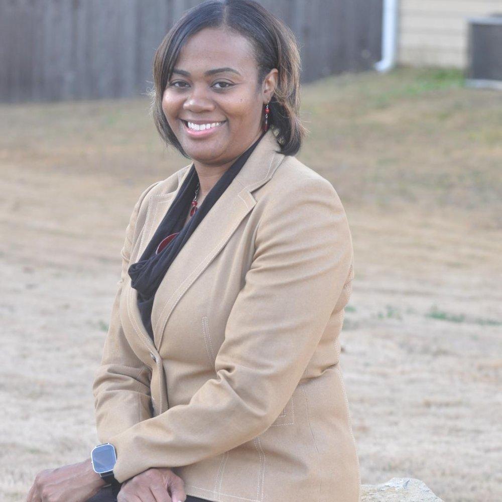 Yvette | Volunteer Coordinator