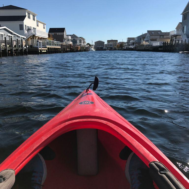 Renting kayaks