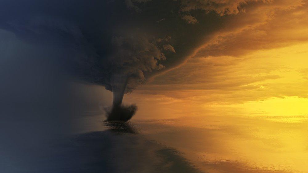 backlit-clouds-dawn-1119974.jpg