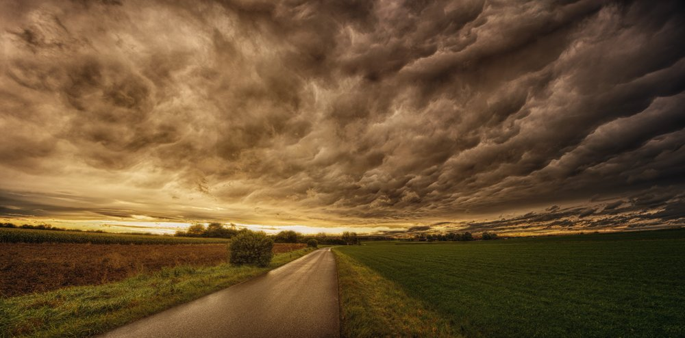 clouds-countryside-dark-1118872.jpg