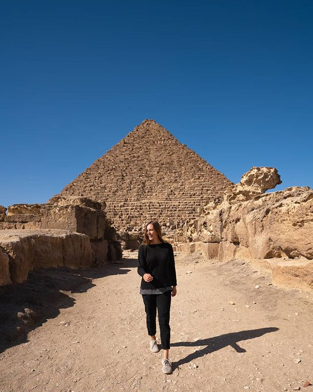 The pyramids left us speechless! 🌍💕📸 . #travelinspiration#thealchemist#travellikeagirl#radgirlscollective#travellover#digitalnomads#travelawesome#earthisrad#passionpassport#totravelistolive#visitegypt#pyramids#ancientegypt#explorecreateshare#theculturetrip#lpegypt#lonelyplanet