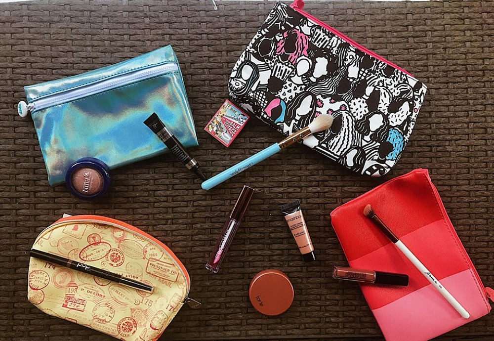 Some of my favs - Ipsy allowed me to receive a large variety of products. Some of my favorites are:-It cosmetics concealer-Smashbox liquid lipstick-Luna highlighter-Pop beauty eye-brow pencil-Tarte Blush-Slmissglam tapered Highlighting brush