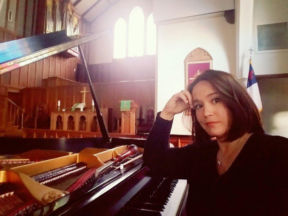 Samantha with Piano.jpg