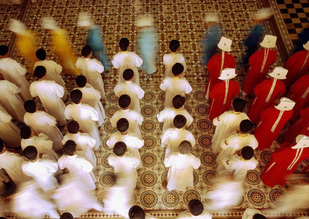 Bhuddist-Monks-Shot-from-Above-in-Monastery%2C-Motion-Blur-108161176_1253x841+%281%29.jpg