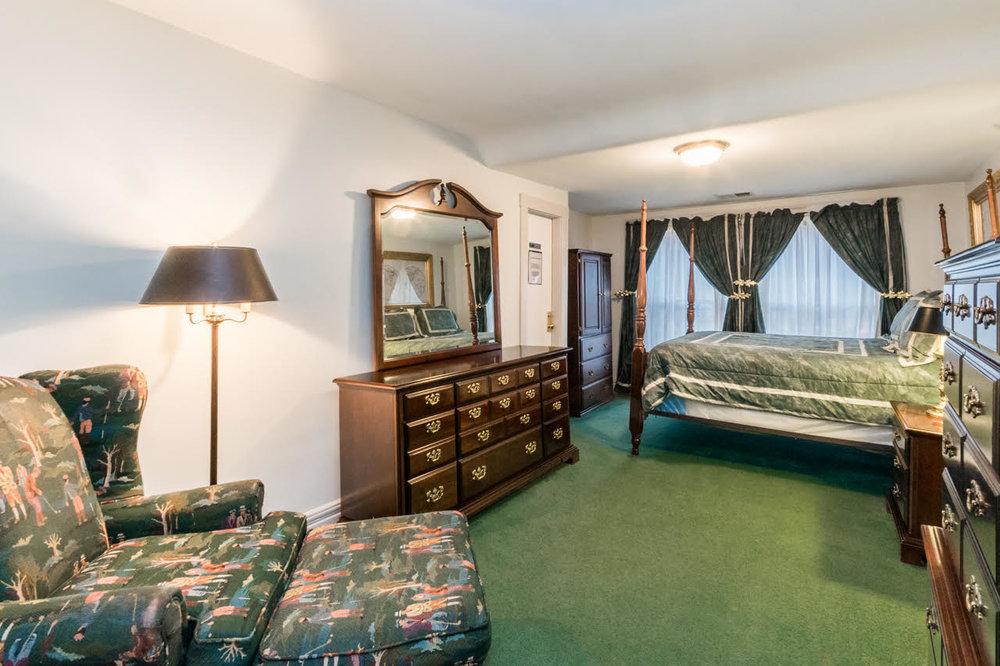 Andrew Jackson Suite (2BR Queens) -