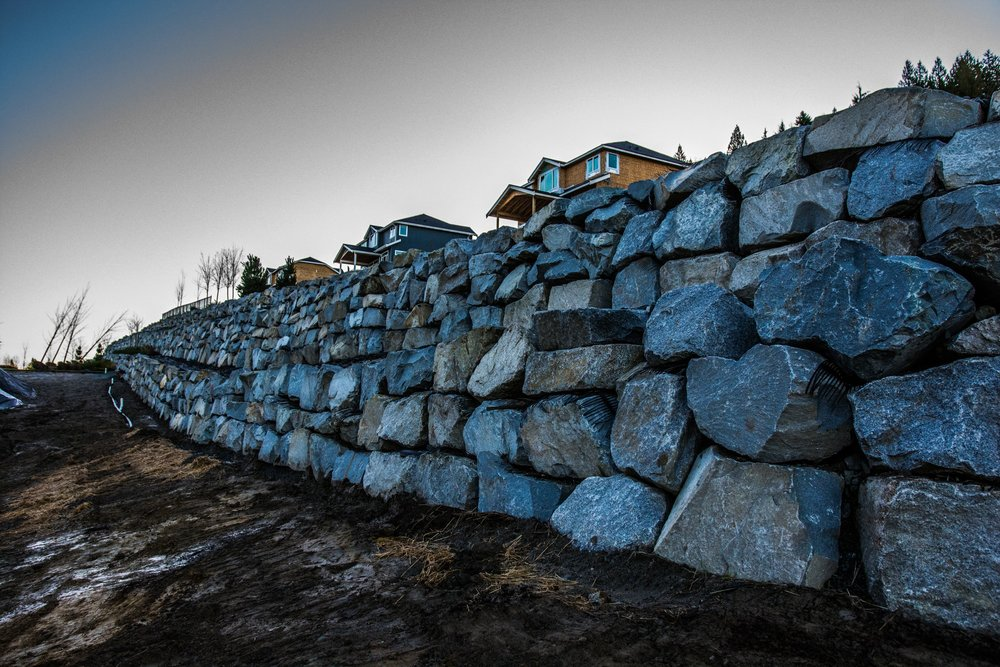 B&B Contracting - Excavation Shoring Retaining Wall 1 - Construction Surrey.jpg