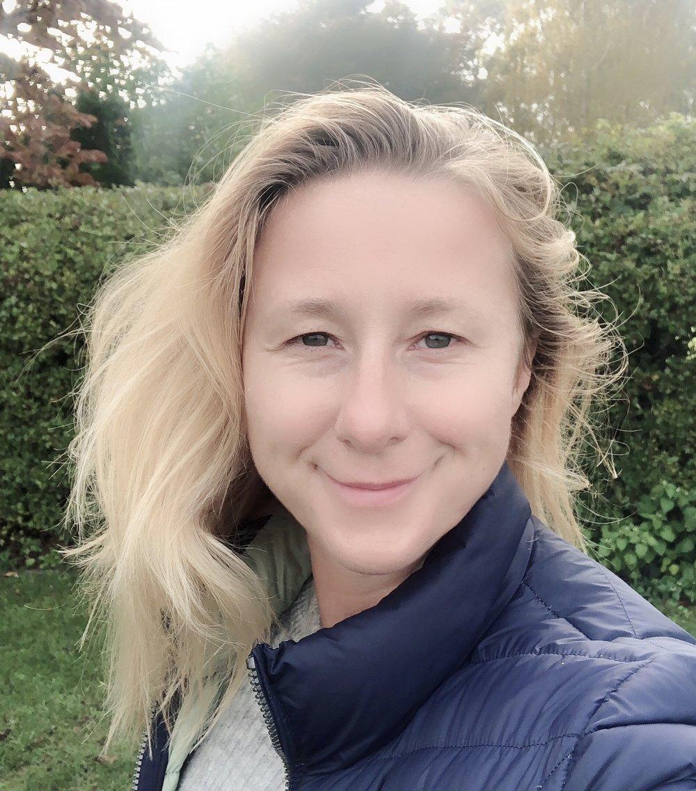 Daria Rasmussen, Bliss & Stars Founder, Mindfulness Teacher at Sunset.JPG