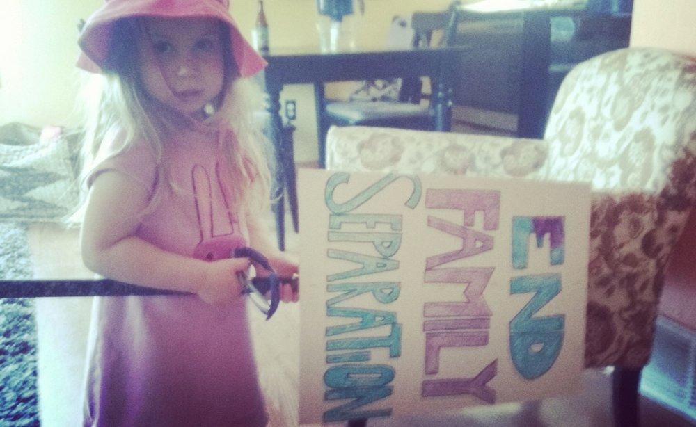 Pippa w:sign.jpg