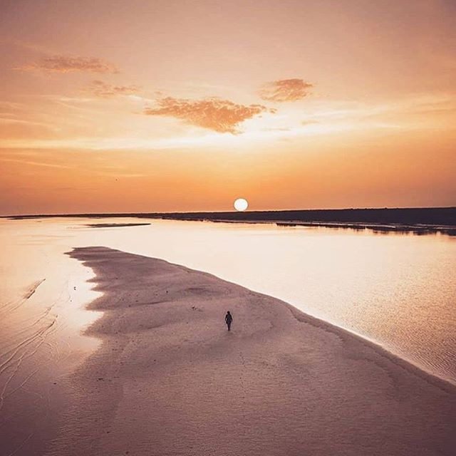 Stunning shot of #Holbox by the super talented photographer @gustavomoguel... 🌅🙏🏼🌅