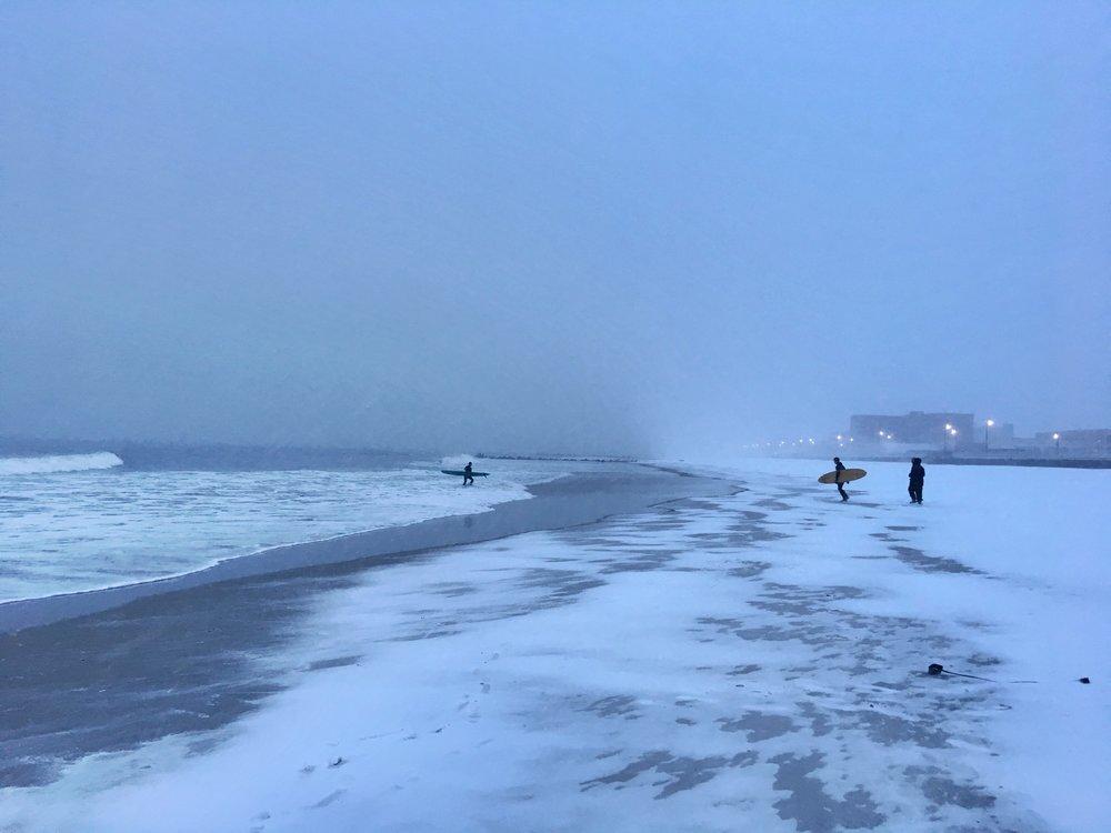 Winter Waves (Long Beach)