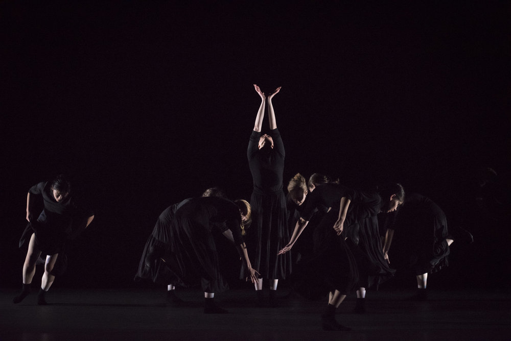 BBT Youth Company dancers  in Dani Rowe's  O,  photo by Natalia Perez