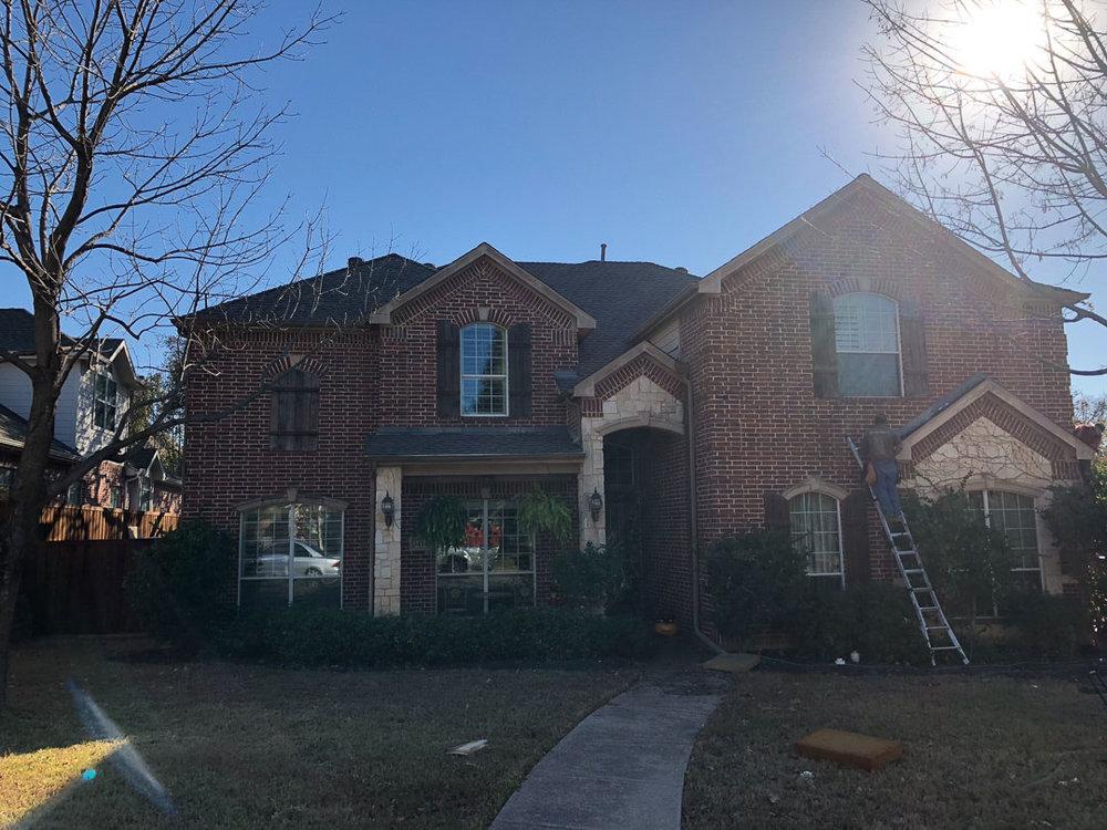 Roof installation in Roanoke, TX