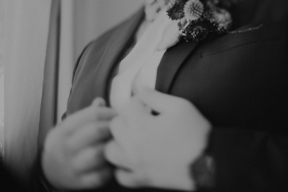 l&m_blue mountains elopement wedding photography_kings & thieves_blog (3 of 38).jpg