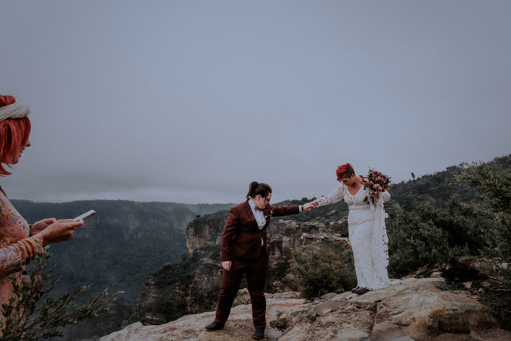 l&m_blue mountains elopement wedding photography_kings & thieves_blog (9 of 38).jpg