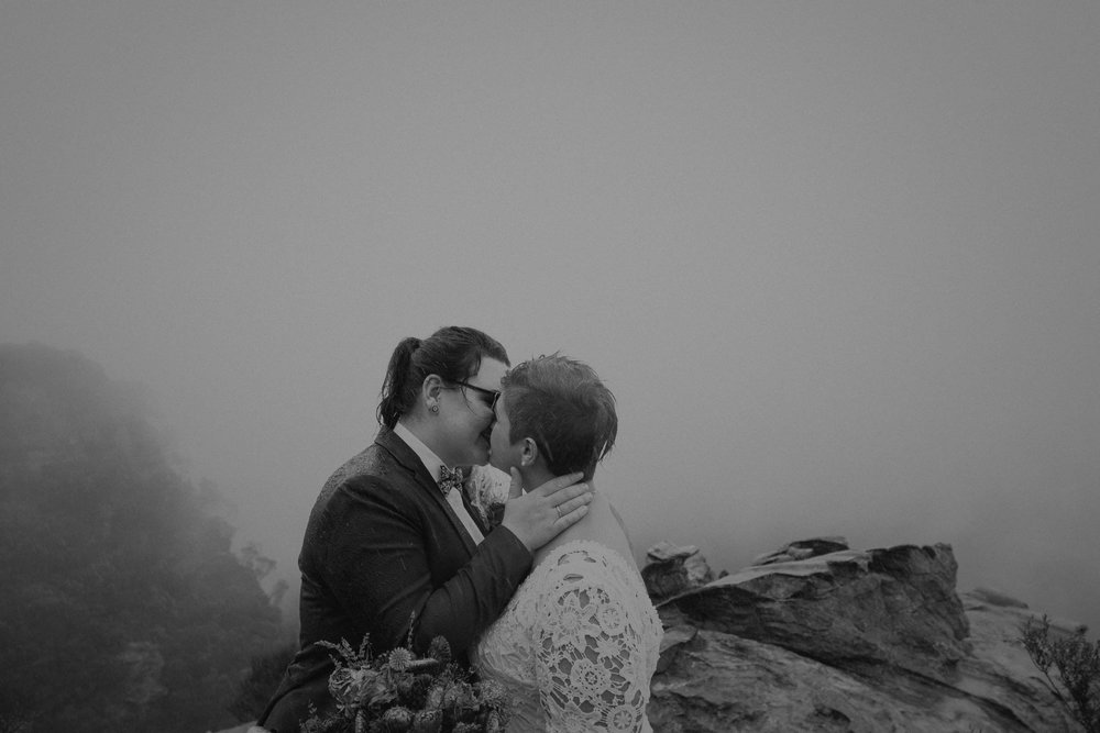 l&m_blue mountains elopement wedding photography_kings & thieves_blog (28 of 38).jpg