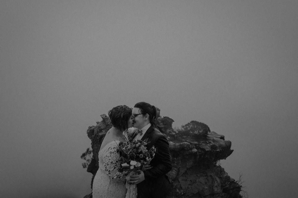 l&m_blue mountains elopement wedding photography_kings & thieves_blog (31 of 38).jpg