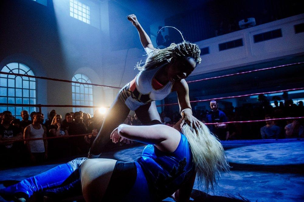 Chakara lays a vicious beating onto Sierra Loxton  (photo: The Head Drop)