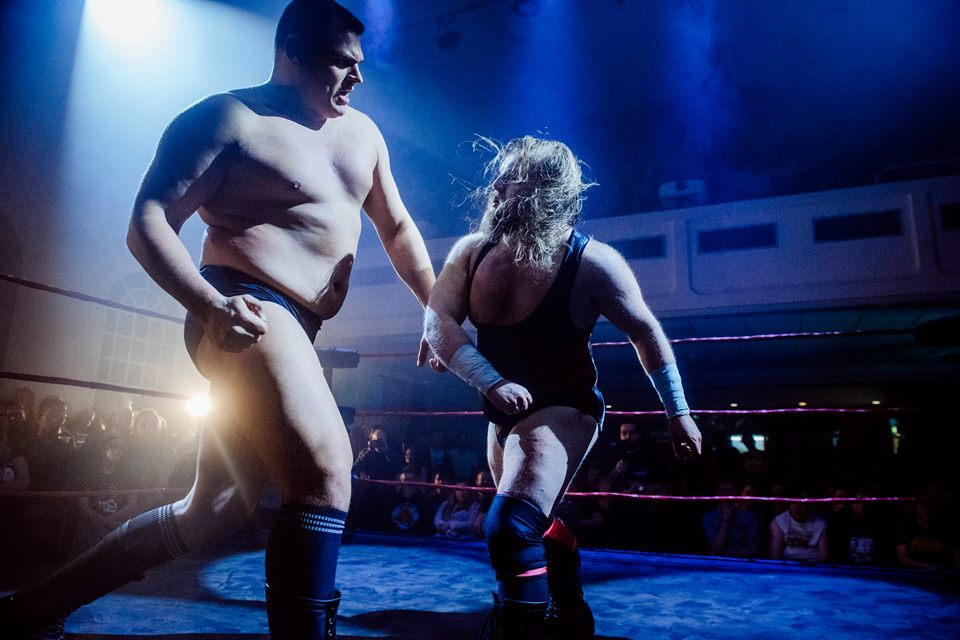 WALTER towers over Wild Boar in his RIPTIDE debut   (photo: The Head Drop)
