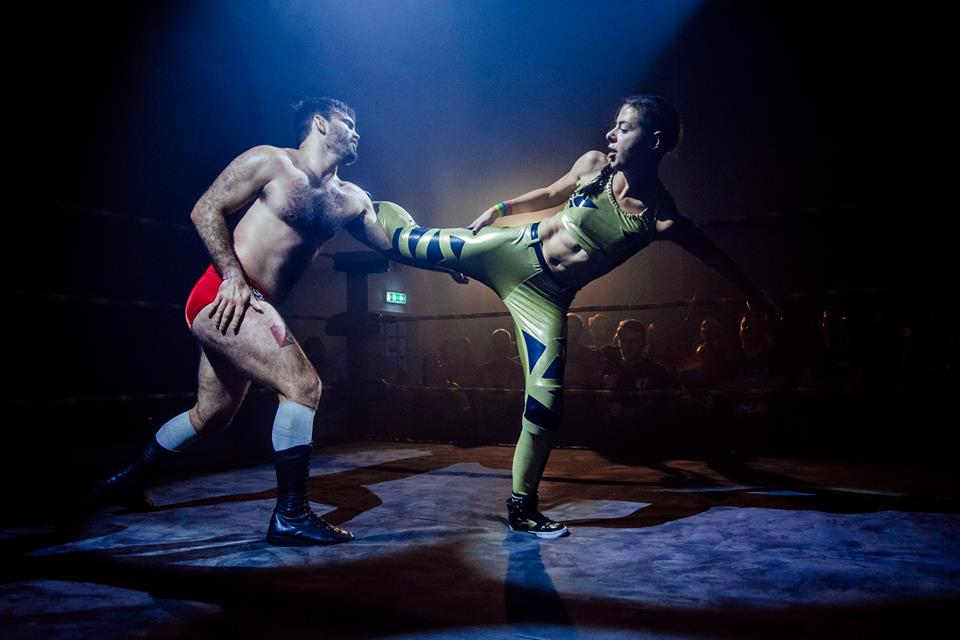 Charlie Morgan goes toe-to-toe with 'The Product' David Starr during the Brighton Championship Tournament (photo: The Head Drop)