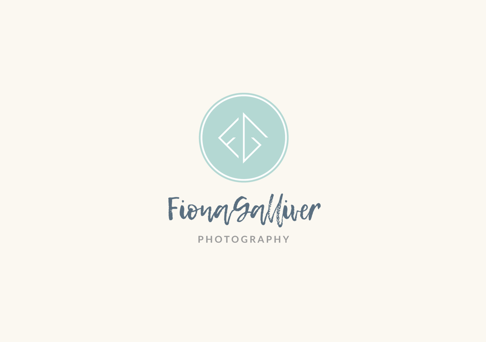 Family photographer business logotype design