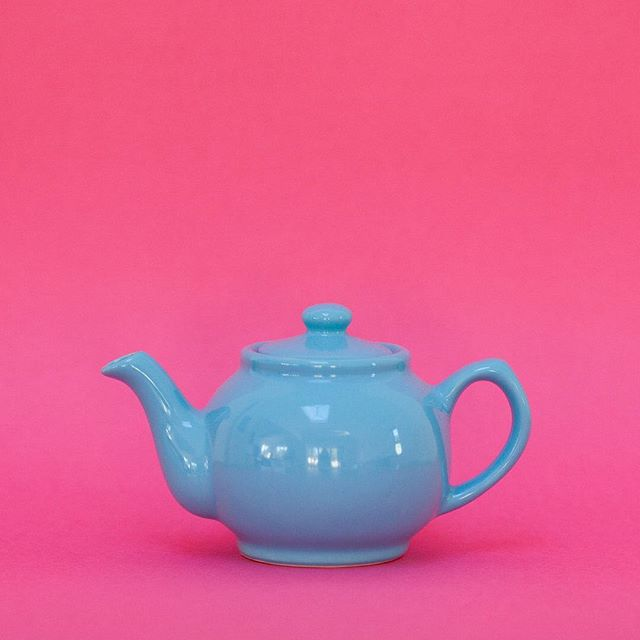 Procastination - anyone for a cuppa?  My mum bought me this teapot and I love it's colour and shape.  It's Monday morning, I've been at my desk an hour, I have TON of items on my to-do list... and yet I haven't started any of them?!!! I'm procastinating and sending this post instead. THEN, I'm going to make myself a cup of tea and ACTUALLY start work. DEFINITELY.  Anyone else having trouble knuckling down to it this morning? _______________________