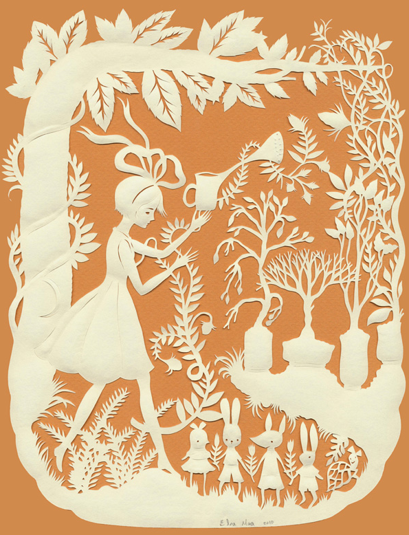 Elsa Mora Paper Scene