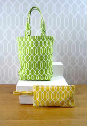 Loop Chain Small tot and Clutch