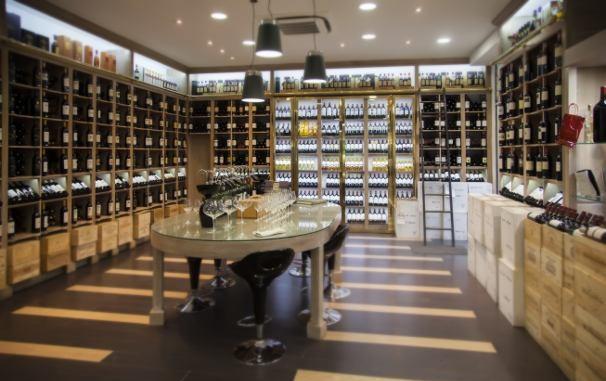 winecellarphotohomepage1.jpg