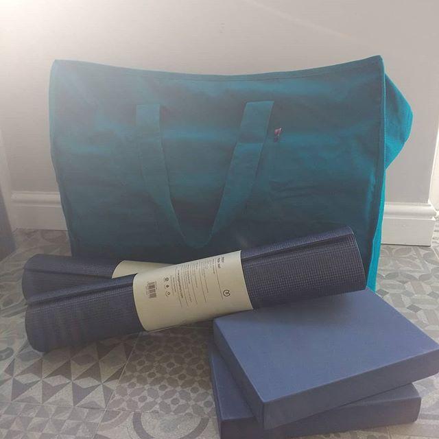 New term Pilates kit, sorting for new venue in South Harringay Junior School starting next week. Colour coordinated as ever!! #yogamatters #pilatesharringay  #pilateswoodgreen #pilatesnorthlondon