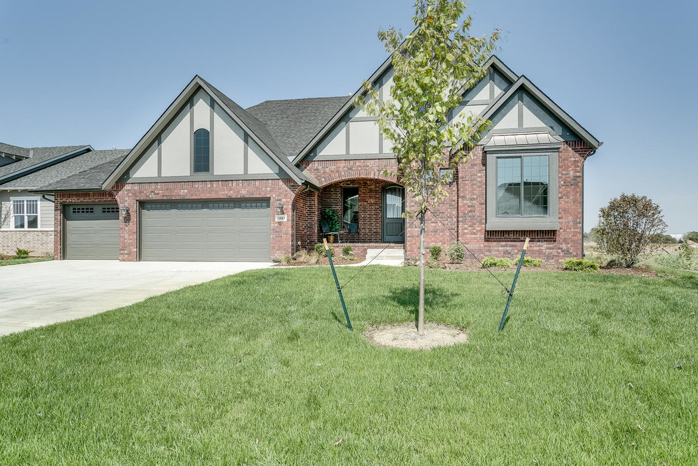 3883 N Estancia Ct Wichita KS-large-002-1-Front Exterior-1500x1000-72dpi.jpg