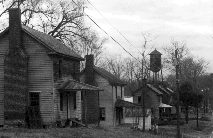 - Many years passed before I discovered the actual mill village that was on two streets behind the mill owner's house. These simple structures housed families who worked in the cotton mill. I was struck by the disparity between them and the mill owner's home. I began to investigate what life was like for a mill worker in the early 1900's and was shocked to learn that children as young as nine worked in the mills six days a week, twelve hours a day.