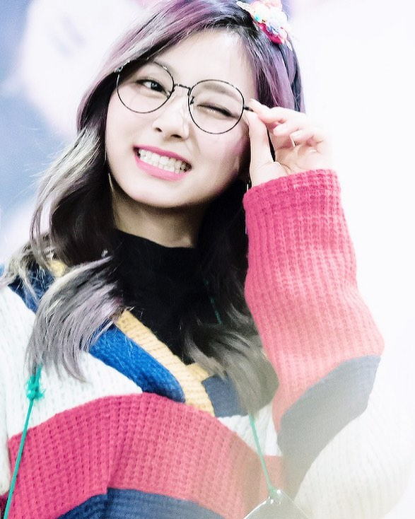Want to look chic with those glasses like Twice's Tzuyu? Visit us at Golden Vision Optometry!  @twicetagram @kconusa