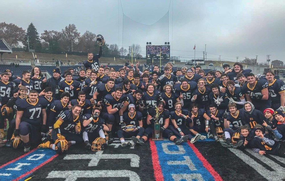 Kirtland Football State Champs 2018.jpg