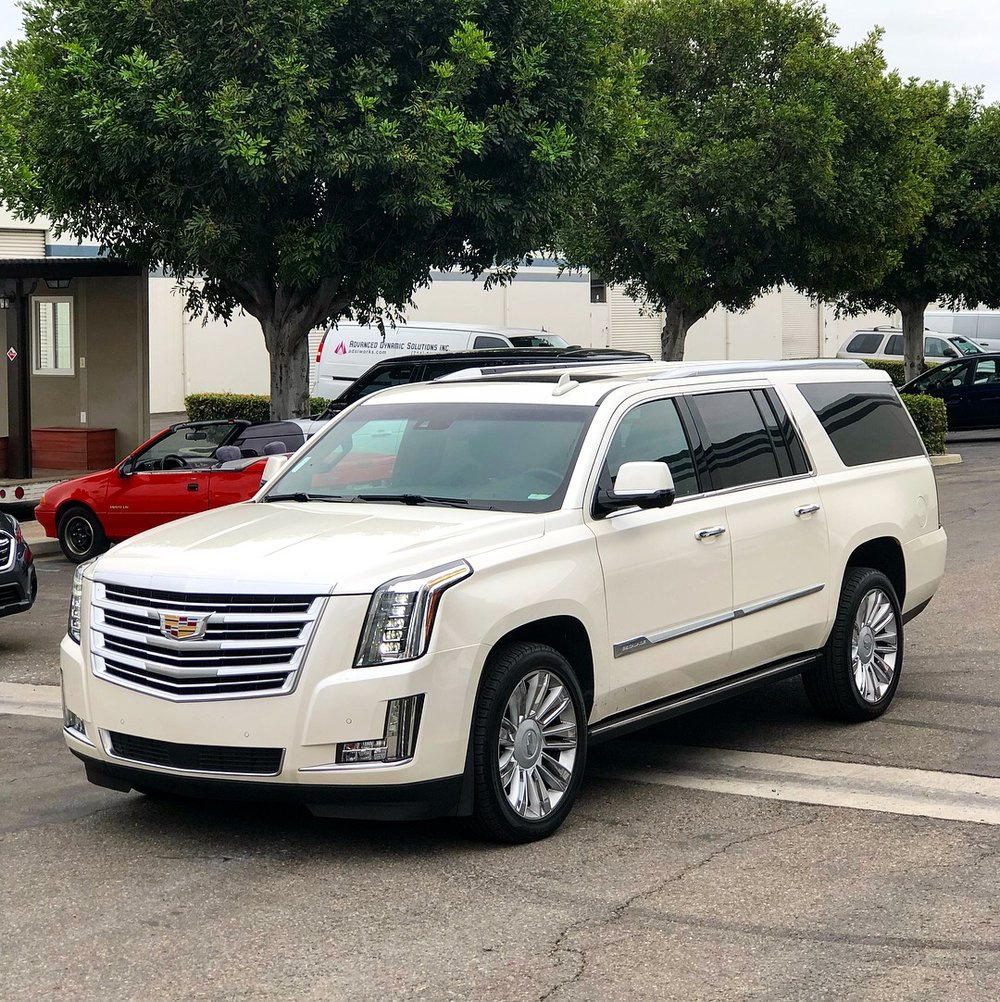 2016 Cadillac Escalade ESV Platinum -