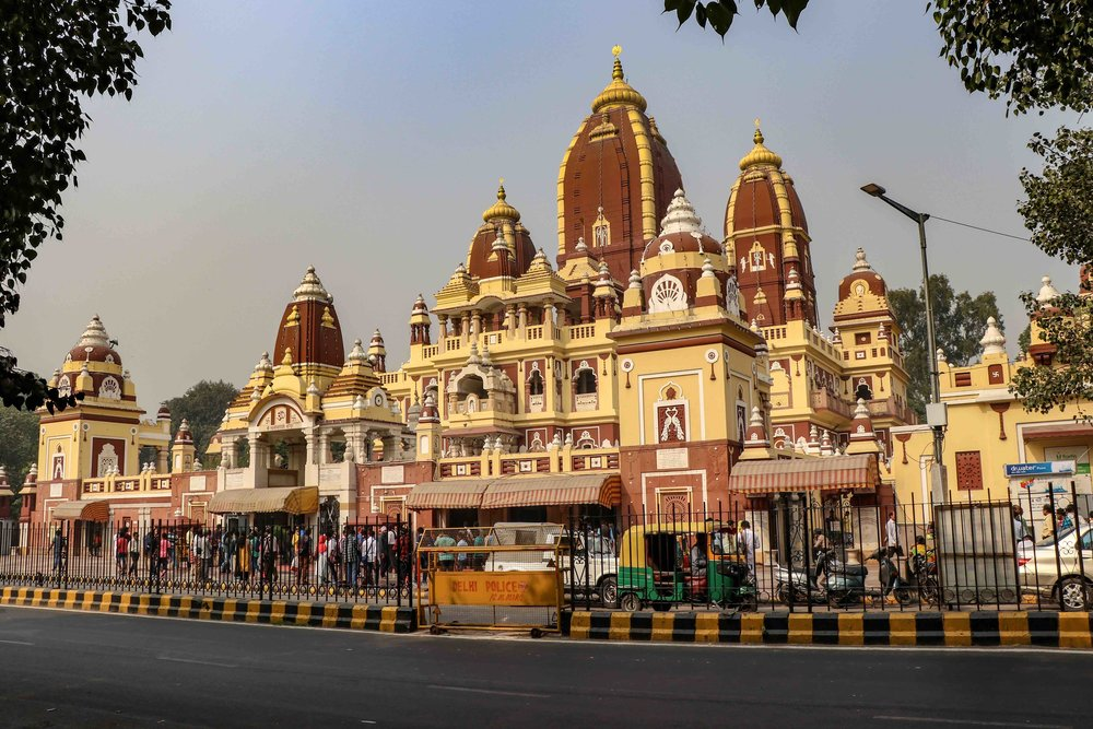 The Shri Laxmi Nayaran temple in Delhi is a stunning Hindu temple. Go for a religious tour of Delhi and explore these 8 places of worship!