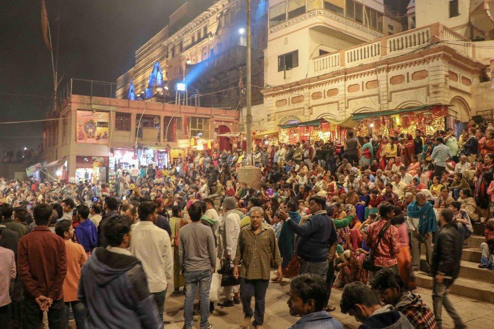 Ganga Aarti Varanasi.jpg