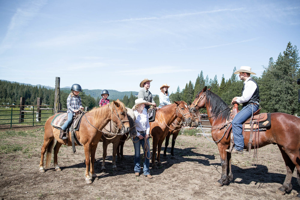 Arena beginner rider classes are available for our guests of Greenhorn Ranch
