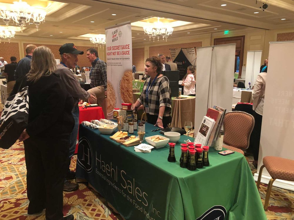 2018-Intermountain-IFT---Leanne-&-David-2-tables-side-by-side-web.jpg