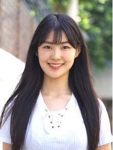 寺尾 優美(Terao Yumi) - 1期生リーダー高校3年生神奈川県出身1999年生まれ身長:168cm 韓国語:中級会社: A100 Entertainment