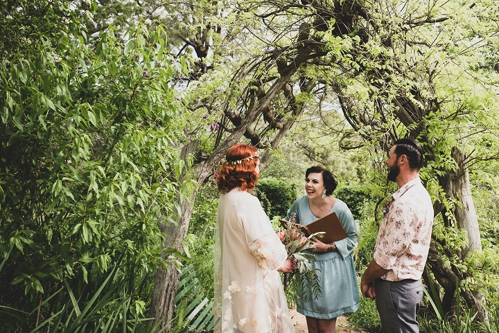 gettinghitched-1331a.jpg