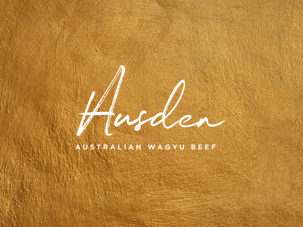 An ode to the gold rush, this texture introduces notes of affluence and a touch of Australia's history to the palette.