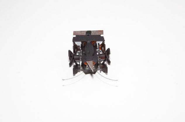 Unidirectional Guillotine (Razor Bot), 2010