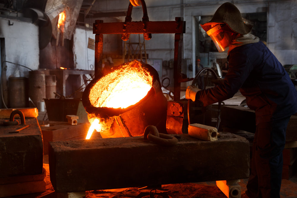 Foundry_Worker_GettyImages-852343954.jpg