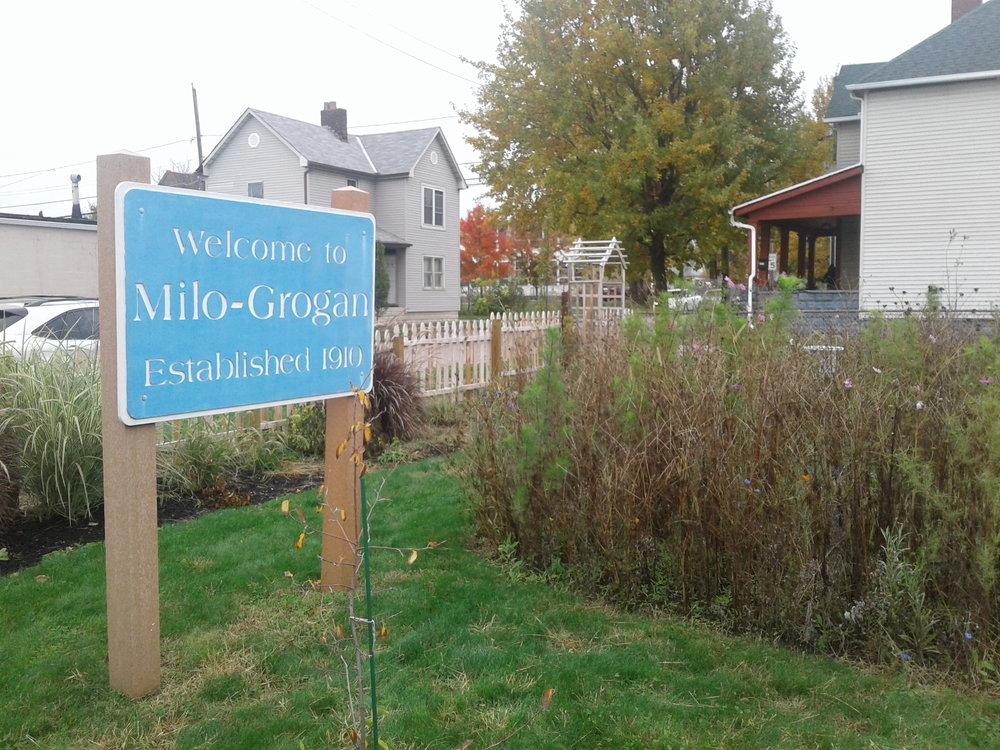 Milo_Grogan_Sign.jpg