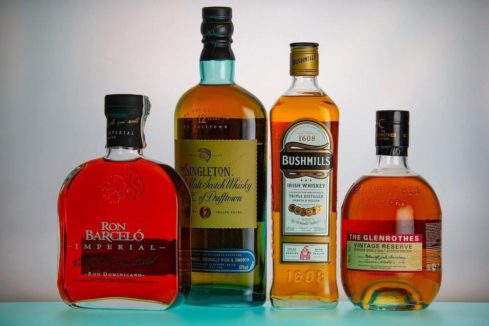 rum-2828627_1920.jpg