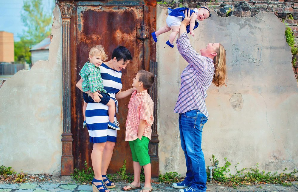 Family photo by LGBT friendly photographer spryART photography in Tomball.